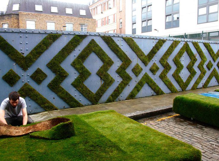 moss graffiti grows on walls by anna garforth - designboom | architecture & design magazine