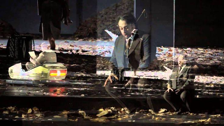 La Traviata | Giuseppe Verdi | Staatsoper Hamburg  Giuseppe Verdi war auf der Suche nach einem neuen gewagten Stoff als er auf den Roman La Dame aux Camélias von Alexandre Dumas dem Jüngeren stieß. Im Frühjahr 1852 sah er dann die vom Dichter zum Schauspiel umgestaltete Kameliendame im Vaudeville-Theater in Paris. Der Eindruck bestärkte seinen Entschluss sich des Stoffes für seine nächste Oper zu bedienen: Die Geschichte um Prostitution und Liebe Krankheit und Tod gab ihm die Gelegenheit…