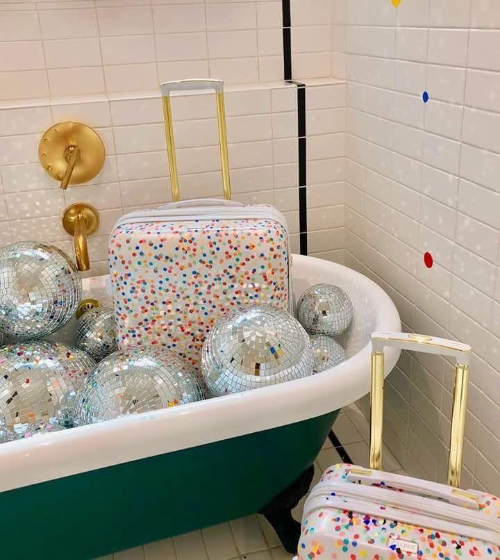 Pin by Amy Dennill on Ball & Claw bathtubs   Pinterest   Claw ...