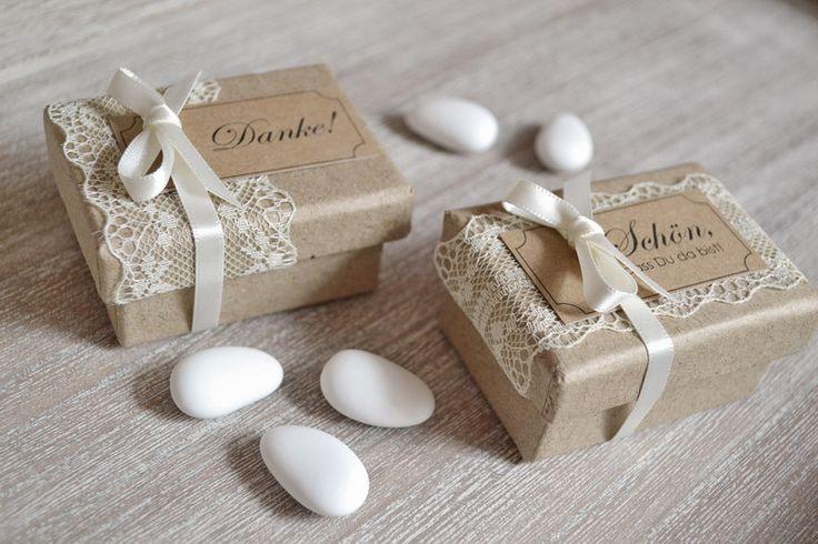 Gastgeschenke - Gastgeschenke Hochzeitsmandeln  Vintage - ein Designerstück von Velvet-Design bei DaWanda