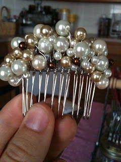 Peineta con perlas