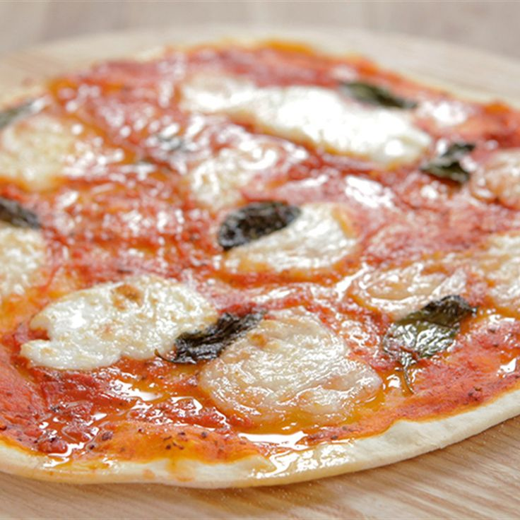 Learn how to make an authentic Italian pizza with the help of this recipe by Michela Chiappa. It will make you feel like you're dining in Naples!
