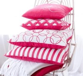 Pink pillows Riverdale <3