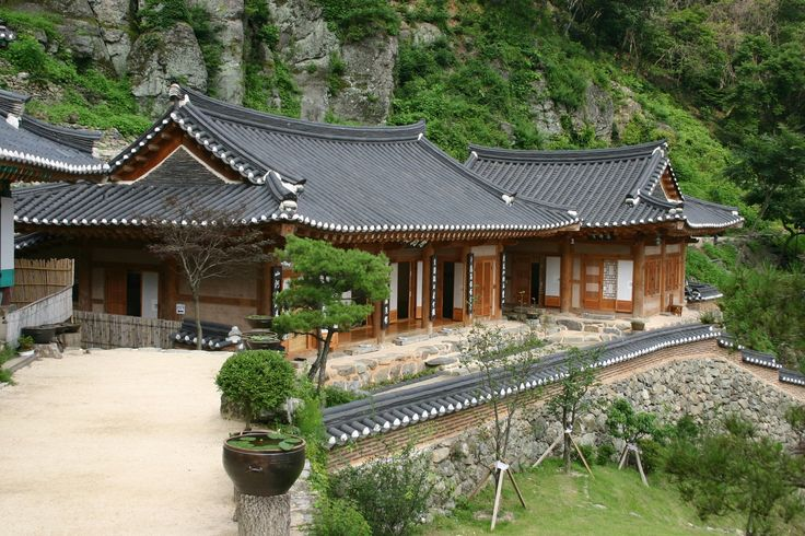 The Monastery on the uphills of Hanseong