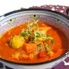 Saffransdoftande fiskgryta - Recept - Tasteline.com