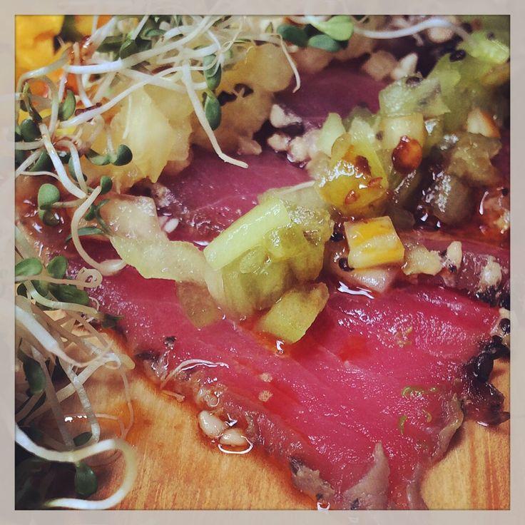 Tiradito  de Atún - tuna carpaccio