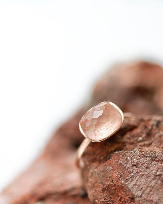 Rosé or bague avec Quartz Rose facetté-, en filigrane la bague en or, bague délicate, bague superposable, anneau d'articulation, anneau de Best-seller, anneaux empilables