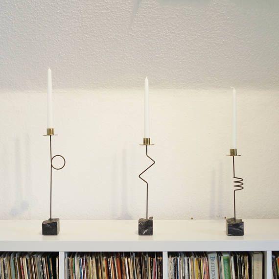 Drei große Kerzenständer. Set. Postmodernes Design. Metall, Messing,Marmor. 80s - 90s Germany. Geschenk, Deko. Kerzenhalter, Kerzenleuchter.