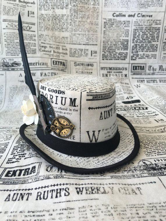 Steampunk Mini Hut Fascinator Zeitungspapier von ArcaniumDesign