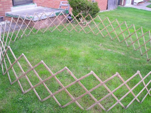 Vintage Large Wood Expandable Dog Pet Fence Corral 10 Ft Round Pet Fence