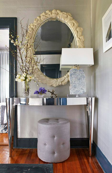 17 best images about entryway on pinterest settees for Elegant foyer decor