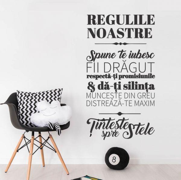 De ce iubim aceste reguli de familie? Pentru ca ne amintesc sa fim mai buni, sa ne iubim si sa apreciem casa noastra frumoasa.    Stickerul il gasesti aici: https://www.tiparo.ro/stickere/stickere-de-perete/sticker-decorativ-regulile-noastre-1