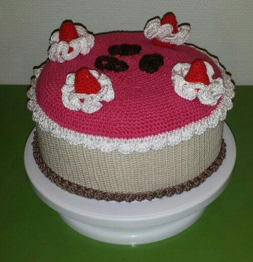 Hæklet kage - crochet cake