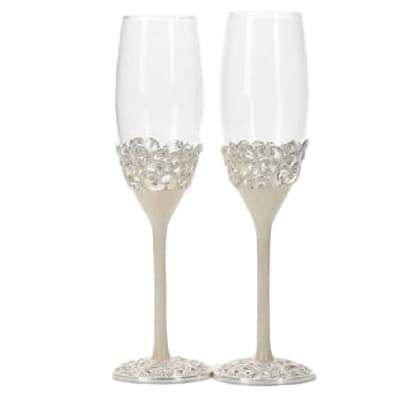 Loving this... Pearl Antique Cha... Add to you wishlist!  http://weddingforyou.co.nz/products/pearl-antique-champagne-flutes?utm_campaign=social_autopilot&utm_source=pin&utm_medium=pin