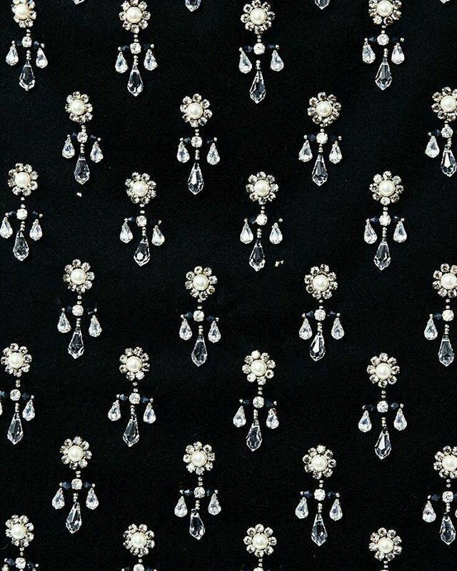 #embroidery #embellishement #sequins #couture #handmade #partydress #estonianfashion #fashionkilla #highfashion #fashionpost #fashionforward #trend #fashion #style #fashiondiaries #fashionista #fashionaddict #igfashion #instafashion #fashionforward #embroidery #exquisit #fashionlover #details #hautecouture #пайетки #sequins #beads #модно #вышивка #вышивкаручнойработы #ручнаяработа