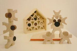 家族をモチーフにした積み木。工房mapaマーパ・カーサ(mapa・casa)【送料無料】【おもちゃ歳から】【子どもお誕生日知育玩具プレゼントキッズ子供ゲーム木のおもちゃギフト出産祝い赤ちゃん男の子女の子】