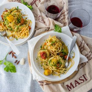 Spaghetti Aglio E Olio With Slow-roasted Tomatoes