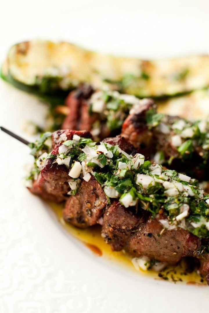 Grass fed beef kabobs with Chimichurri sauce! www.theorganickitchen.org