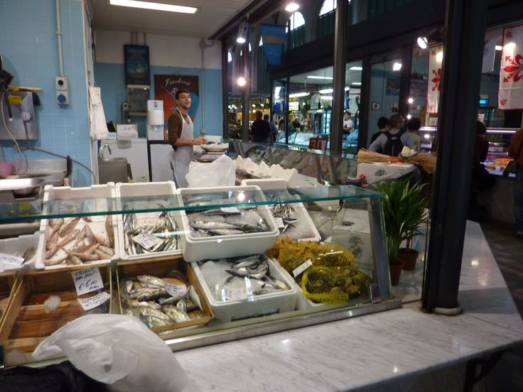 An interesting range of fish at Florence's Mercato Centrale (central market).  A great place to visit even if you aren't buying!!