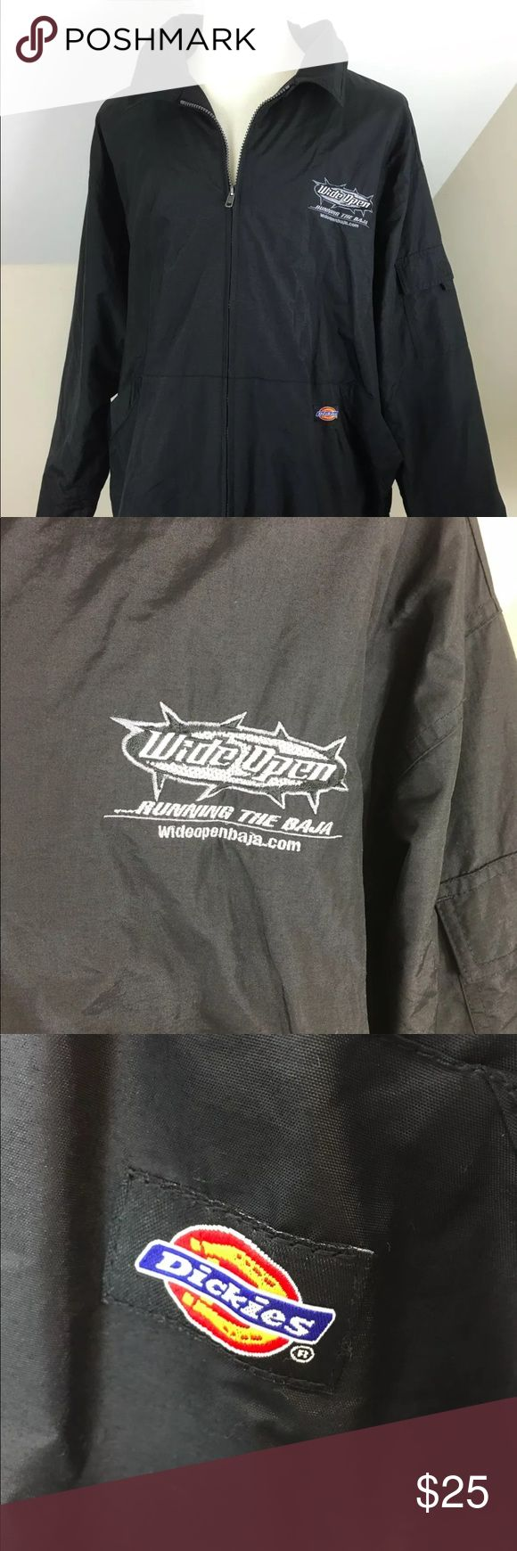 """Dickies Windbreaker Wide Open Running Baja 2XL Dickies Men's Windbreaker Preowned- Nice condition. No holes, tears or stains Chest embroidered """"Wide Open, Running the Baja,"""" size- 2XL 100% Nylon- machine washable 2 front pockets 1 pocket on sleeve toggle waist zipper front velcro at the end of sleeves for adjusting Dickies Jackets & Coats Windbreakers"""