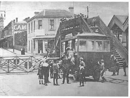 PH23550. A steam bus at Prahran Railway Station travelling to the Malvern Town Hall, December 1905.