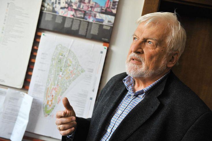 A Vár kormányzati kisajátításánál, sőt, a Városliget letarolásánál is van rosszabb Schneller István... Olvassa el a NOL.hu-n!