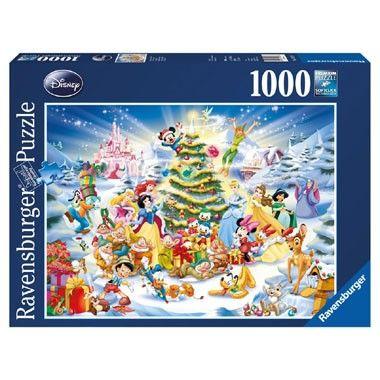 Ravensburger puzzel Kerstmis met Disney 1000 stukjes  Vier kerstfeest met Disney! De Disney figuren tuigen samen de kerstboom op. Sneeuwwitje en de zeven dwergen zijn er maar ook de andere Disney prinsessen Mickey Mouse en Donald Duck zijn van de partij! De puzzel bestaat uit 1000 stukjes.  EUR 14.99  Meer informatie