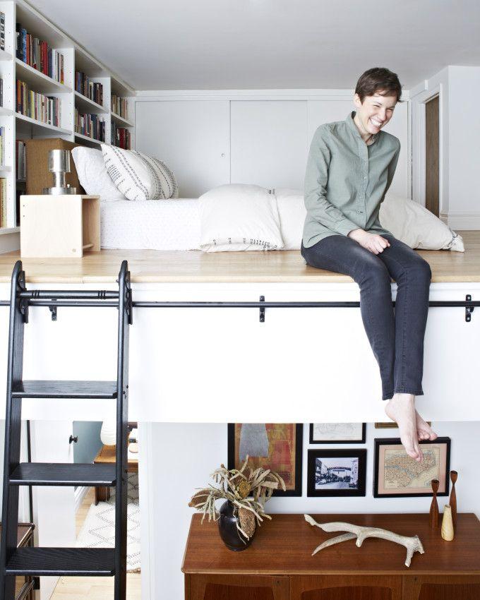 25 beste idee n over hoge bedden op pinterest slaapzaal stapelbedden college slaapzaal - Studio opslag ...