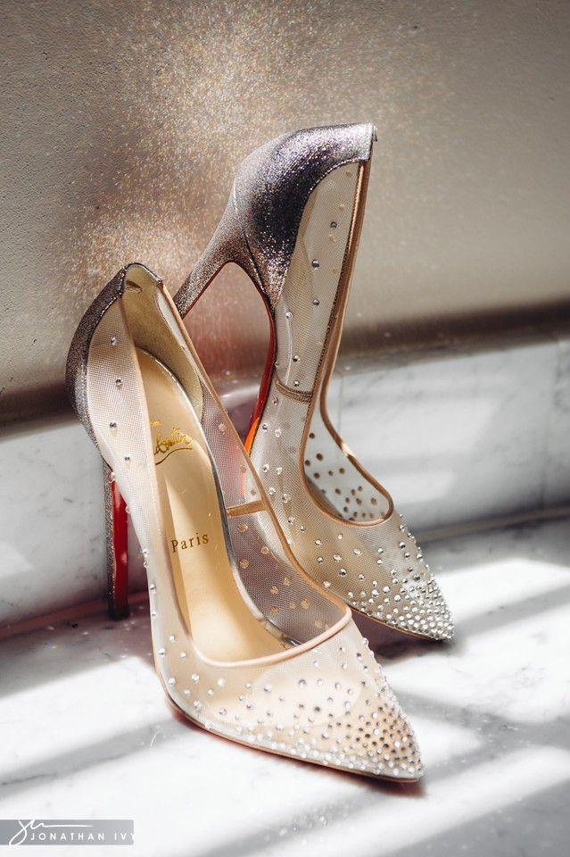 Sapatos de noiva de Christian Louboutin. Um luxo total para arrasar no altar!
