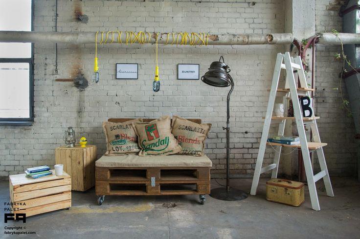 Meble z palet, europalety, zrób to sam, palety drewniane. Zobacz więcej na: https://www.homify.pl/katalogi-inspiracji/29249/meble-zrobione-z-palet-6-przykladow