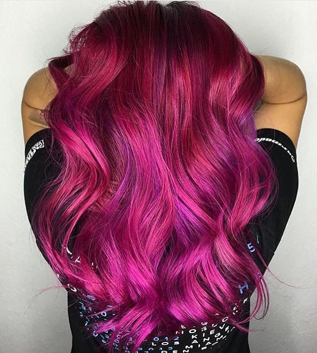 Gorgeous hot pink magenta and violet hair color design by industry newcomer @ellaschair #hotonbeauty #hothairvids
