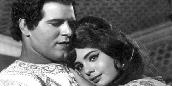 Bollywood beauty Mumtaz, who played wrestler-actor Dara Singh's leading lady in 16 Hindi films, says she has many memories of wrestler-actor.