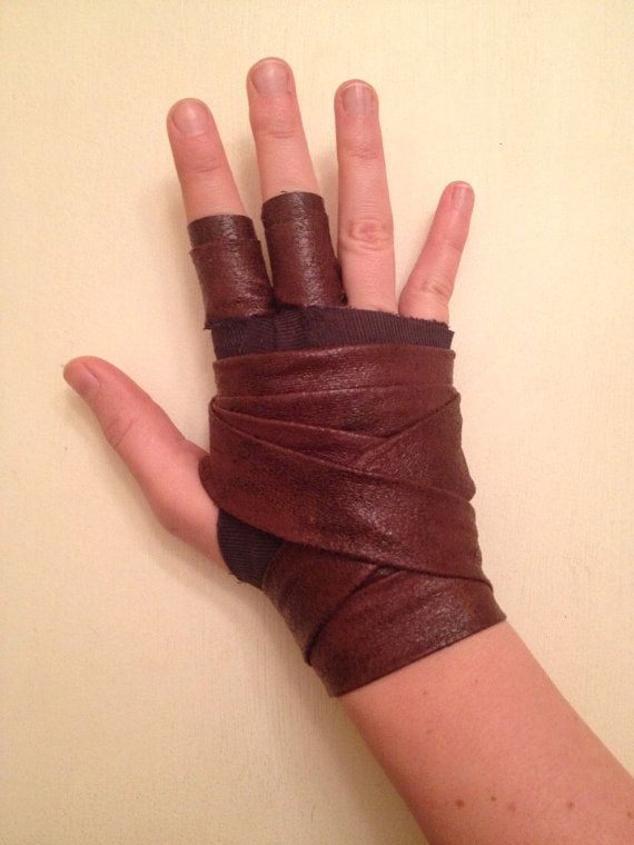 Lara Croft Tomb Raider Archery Glove / Wrap by AnotherLittleShop                                                                                                                                                     More