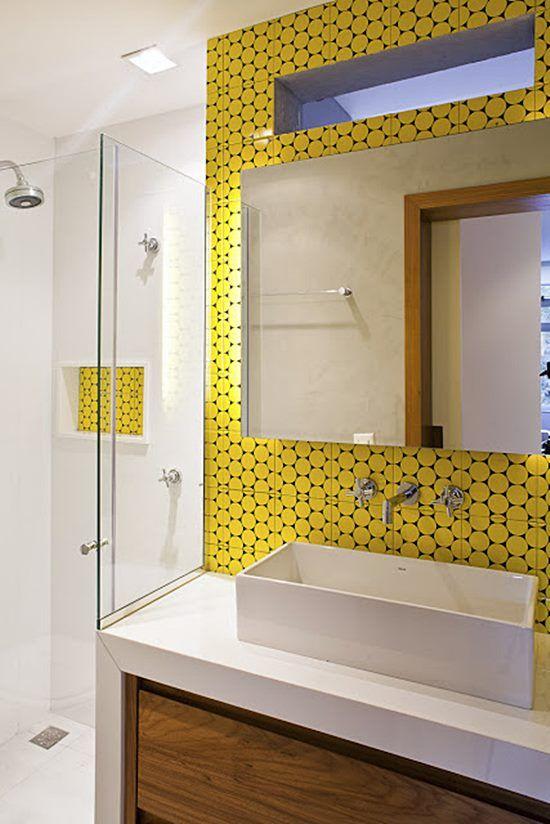 25+ melhores ideias sobre Banheiros com azulejo amarelo no Pinterest  Pintur -> Armario Para Banheiro Amarelo