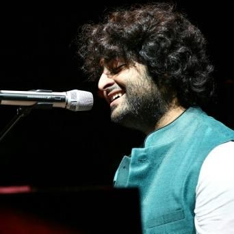"""Arjit Singh is a most talented indian playback singer. He was born in West Bengal, India. He started his career by participating in Fame Gurukul a reality TV show. Arjit Singh became more famous after """"Tum Hi Ho"""" song from Aashiqui 2."""