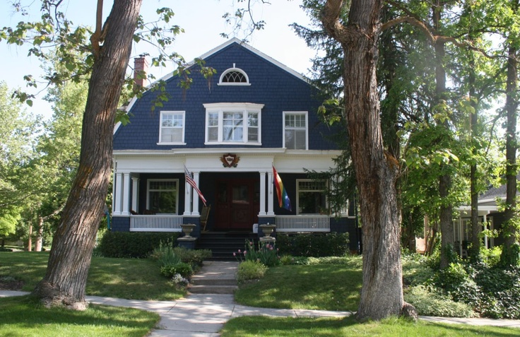 39 best images about dutch colonial on pinterest for Dutch style homes