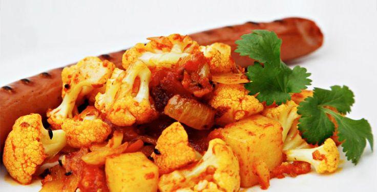 Aalu gobi - indisk gryte med poteter og blomkål