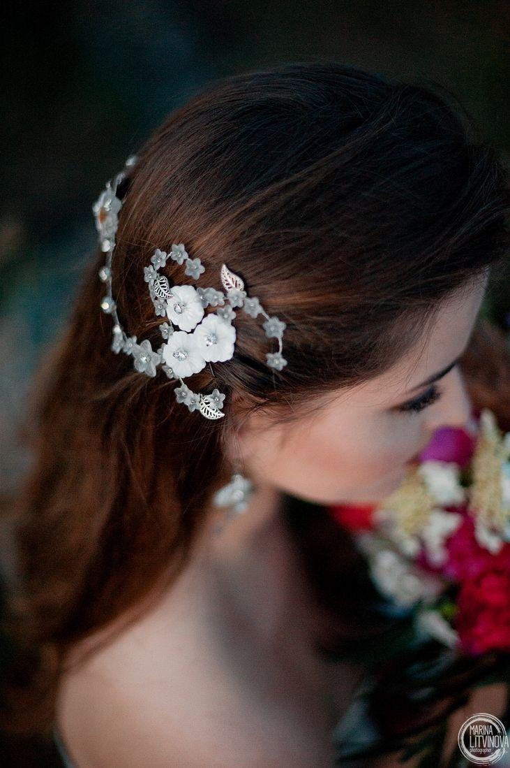 Свадебное украшение в прическу купить Свадебное украшение в прическу Украшение ручной работы Дизайнерское украшение
