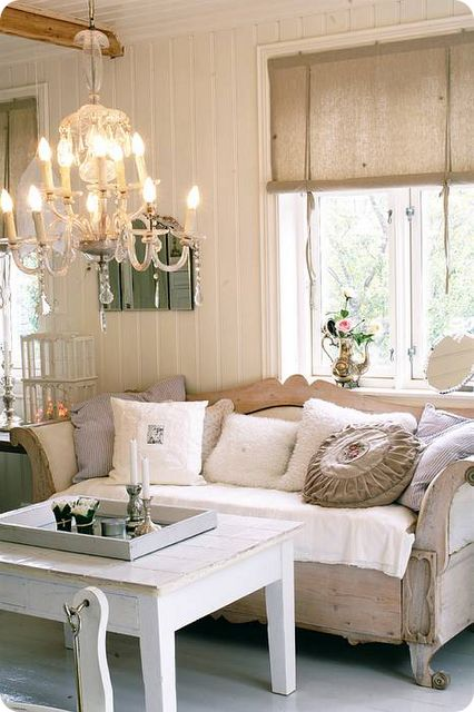 shabby chic: Shades, White Living, Dreams Home, Living Rooms, Idea, Shabby Chic, French Country, Swedish Decor, Country Rustic