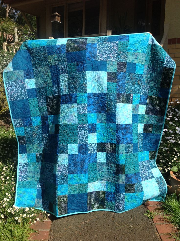2297 best Quilts images on Pinterest | Bedspreads, Railings and Rugs : one color quilts - Adamdwight.com