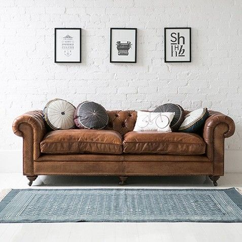 Gorgeous vintage-style Italian tan leather chesterfield sofa, Rose & Grey