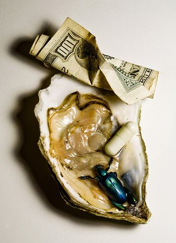 Classic Irving Penn. From http://inspirationoften.tumblr.com/