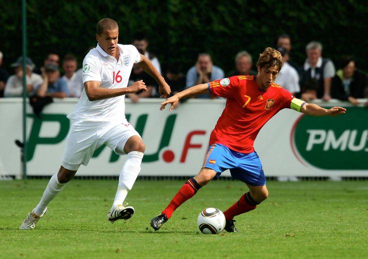 Keko Photos Photos - England v Spain: UEFA U19 European Championships - Semi Final - Zimbio