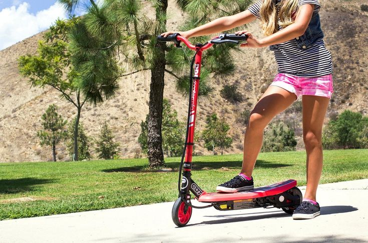 Make outdoors more fun for your kids by buying them the best electric scooters under $200. The market is full of several choices so that the young chaps can have all the fun of the world.