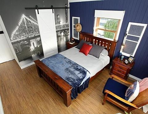 Who tuned in to see Luke and Cody's whole house reveal last night on @houseruleson7 !?? Did anyone spot our 'Story Bridge, Brisbane' Pickawall in Luke's bedroom?  A HUGE well done to Brooke and Michelle for this awesome room transformation.  Also, a special shout out to Clare from Pickawall who made the trek there during filming to deliver the wall to Brooke & Michelle and give them a run down on installation.. Talk about getting VIP treatment!  Great work Clare!! : Via House Rules Official…
