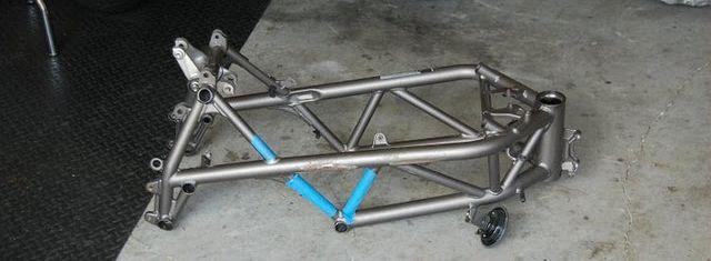 Ducati-1098-fighter-Black-Fin-Anglada-MAKING-OF-motographite-2.jpg (640×235)