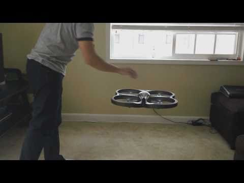 Parrot AR-Drone Helicoptero control remoto con Iphone, ipody ipad, apple, brookstone - http://bestdronestobuy.com/parrot-ar-drone-helicoptero-control-remoto-con-iphone-ipody-ipad-apple-brookstone/
