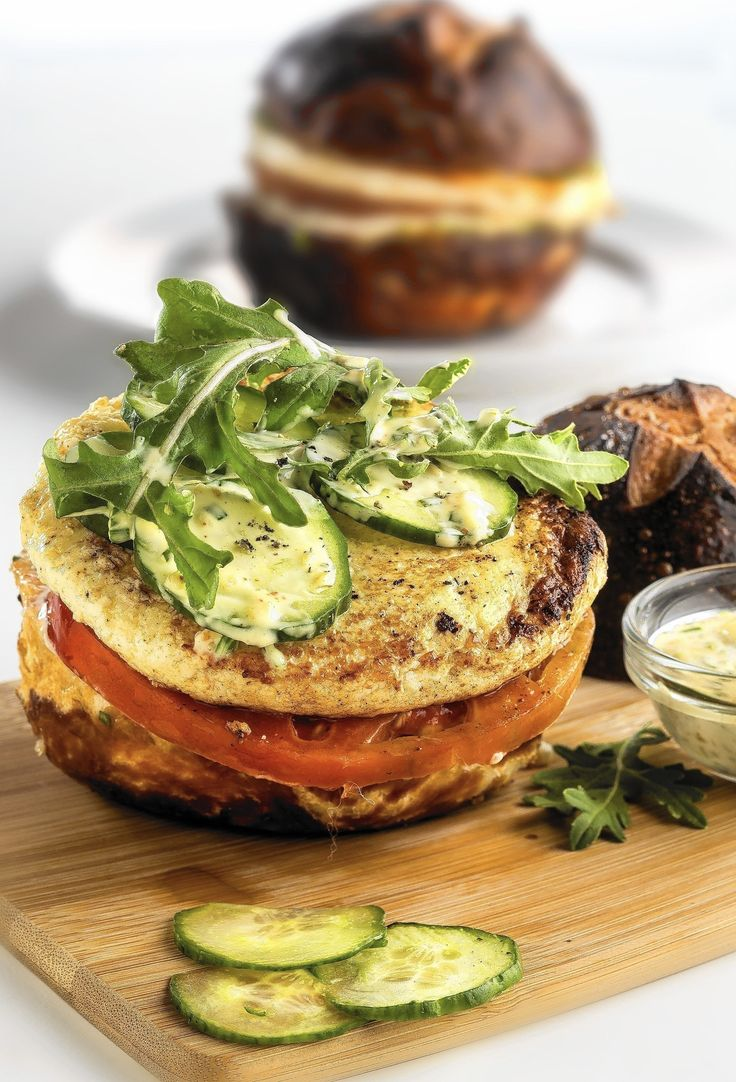This is literally a CHEESE burger --- and it tastes nothing less than amazing!