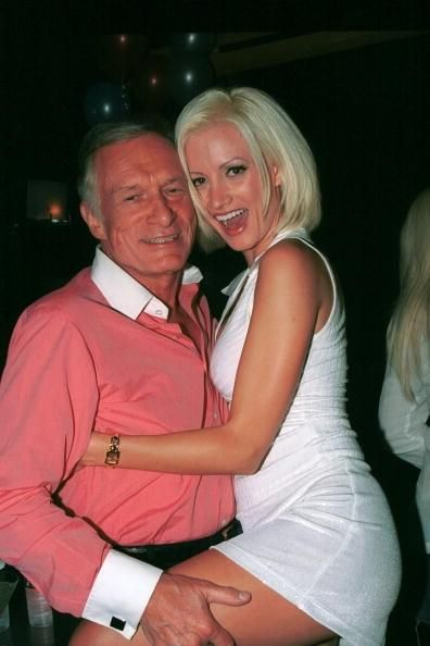 Holly Madison Still Promoting Book 'Down The Rabbit Hole', Slams Hugh Hefner's Wife After Kendra Wilkinson Feud - http://imkpop.com/holly-madison-still-promoting-book-down-the-rabbit-hole-slams-hugh-hefners-wife-after-kendra-wilkinson-feud/