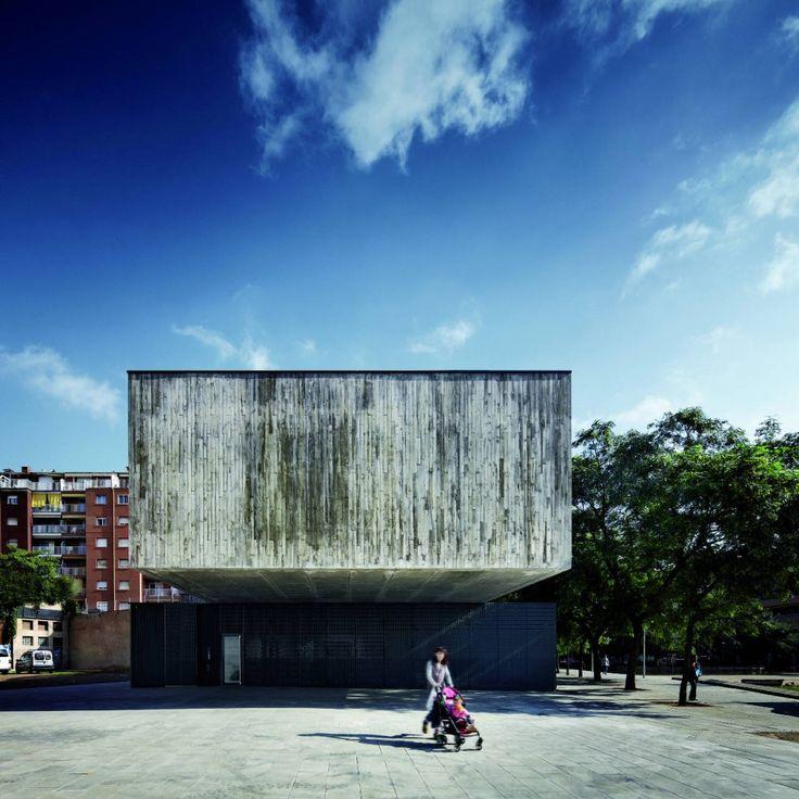 Nursery in the Jardines De Malaga / Batlle i Roig Architectes